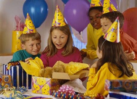 Сценарий весело провести день рождения ребенка дома